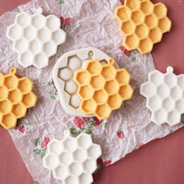 Molho de chocolate de biscoito de silicone on-line-Diy bolos de favo de mel moldes fondant molde de silicone bolo de chocolate sabão doces biscuit açúcar molde de cozimento acessórios de cozinha