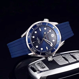 Relógios automático on-line-Top de luxo qualidade relógio mar 007 james mens relógios oito estilo 300m discagem 42 milímetros relógios relógio masculino movimento automático