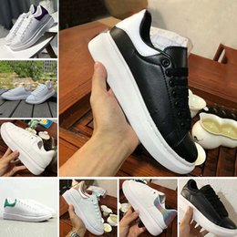 check out 0cbc7 91e61 Designer pas cher Chaussures Marque ACE Luxe Luxe Femmes Baskets Blanc  Casual chaussures rouge Femme Homme Low Cut en cuir plat Sports Sneakers  chaussures ...