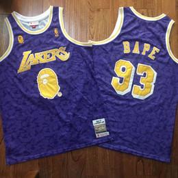 camisa de bape Desconto Homens de basquete Los AngelesLaker # 93 BAPEMitchell Ness é roxo HardwoodCamisa Classics Swingman mangas