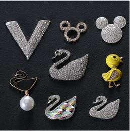 Accessoires métalliques créatifs AB tête de canard mickey V petit canard jaune bricolage bijoux téléphone mobile shell perceuse ? partir de fabricateur