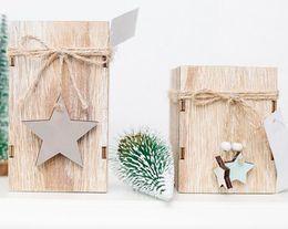 lanternas decorativas do natal Desconto Titular nova festiva de madeira Castiçal Vela de Natal lanternas decorativas com suspensão Decoração da árvore de Natal da estrela do casamento Home Decor presente