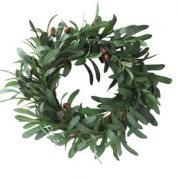 Decorazioni del ramo di natale online-Olive Leaf Wreath Ornamenti di Natale Branch Wreath Straw Door Hanging Ghirlanda Decorazione di nozze Fiori artificiali Fancy