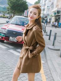 Gabardinas de cuero marrón online-Otoño Primavera largo Faux mujeres de la capa del cuero del ante de las señoras más el tamaño de Otoño de Corea Brown Khaki Moda gamuza sintética Trench ropa
