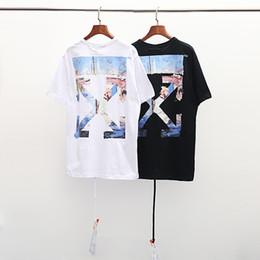 Canada 2019 design été nouvelle impression T-shirt pour hommes populaire pointe de flèche sport noir et blanc col rond T-shirt à manches courtes pour hommes cheap new design men s shirt collars Offre
