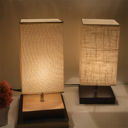 luz noturna simples Desconto Cabeceira Abajur minimalista madeira maciça Mesa de Cabeceira Tecido Luz Sombra cabeceira lâmpada de mesa simples Lâmpadas de mesa redonda Nightstand Lamp