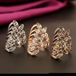 inserciones de anillo de diamante Rebajas Diseñador creativo individual Anillo de joyería Aleación de zinc Insertado en cruz Anillo de diamante Joyería de mano Venta al por mayor en Europa y América