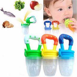 cajas fuertes para botellas Rebajas Chupete Alimentos Mordelón chupetes para bebés niños alimentador de fruta alimentador pezones de alimentación del bebé de seguridad Suministros Botellas Pezón Pezón Chupete