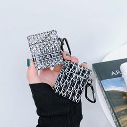 2019 iphone cubierta de futbol Pequeña carta de marca de moda de lujo Bluetooth auricular sin hilos del caso para Apple AirPods 1/2 AirPods Pro 3 lindo del receptor de la cubierta A01