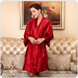 2019 kimono rojo yukata De color rojo oscuro de las mujeres de Seda del Faux Kimono Bata Bata de baño Yukata camisón Moda Lady Home Wear Sleepwear Sleepshirts Pijama Mujer rebajas kimono rojo yukata