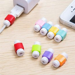 Colores del cable de carga usb del iphone online-Cable Saver Cargador de datos USB Protector de cable para iPhone Cable de carga USB Cubierta protectora Colores al azar Enviar