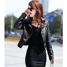 Добавить куртки онлайн-Женщин мотоцикл зима искусственной кожи овчины бомбардировщик куртка черный короткое пальто женский ПУ просто добавить пожать плечами Счастливого Рождества