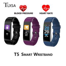 Canada Smart Band Fitness Tracker Bracelet Surveillance De La Fréquence Cardiaque De La Pression Artérielle Podomètre IP67 Étanche Smart Bracelet Électronique cheap electronics monitors Offre