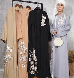 d077a32432e4 Padrão de flores adulto muçulmano bordado abaya Moda árabes era fino  islâmico Vestido Robe Musical Ramadan roupas dropship