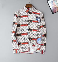 Großhandel Oxford Shirt Männer 3XL Business Casual Männer Langarm Shirt Büro dünne formale verschiedene Art Farbe Marke Mode