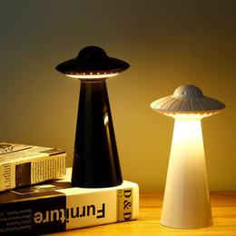 rgb led lights vase base Desconto UFO Lamp criativo Tabela de carregamento LED Night Light Brilho rotação Ajuste S925