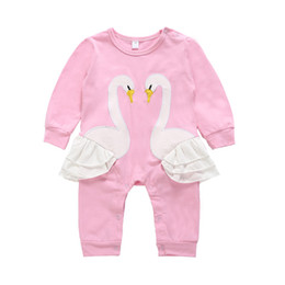Argentina Niñas bebés cisne rosado mameluco infantil de dibujos animados para niños niños ropa de escalada bebés mamelucos 2019 venta caliente cheap hot pink infant clothing Suministro