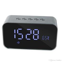 Uhr Bluetooth Lautsprecher Surround Sound Kabellose Lautsprecher Subwoofer FM Verstärker Radio Tragbarer Wecker Multifunktions Mit LED Zeit von Fabrikanten