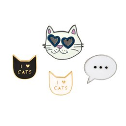 cute womens jewelry Promo Codes - Creative Animal Cute Cat Brooches Pins Designer Pins Fine Jewelry Fashion Love Alloy Womens Clothes Accessories Charm Brooch For Unisex
