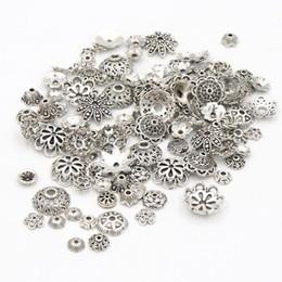 Tibetische perlen für schmuck machen online-1500 stücke Mixed Size Tibetischen Antike Silber Farbe Blume Perle Endkappen Für Schmuck, Die Entdeckungen Hand Diy Zubehör Großhandel