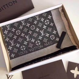 VENTE CHAUDE avec boîte 140 * 140CM Soie Echarpes Euro Marque français designer floral motif Imprimé Femmes Cadeau foulards en soie ? partir de fabricateur
