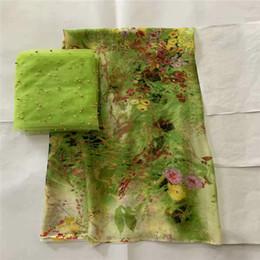 Moda yeni stil afrika yumuşak ipek kumaş ile İsviçre vual dantel tissu bayanlar için baskılı ipek şifon kumaş! LXF681 nereden