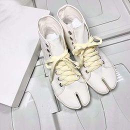 2019 margiela tênis Mulher New Release Maison Tabi High Top Canvas Sneakers Moda Casual Paris Margiela Pop Shoes margiela tênis barato