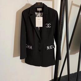 2019 großhandel frauen s peplum jacke Frauen Mädchen Jacken Brief Stickerei Mantel Knopf Oberbekleidung Art und Weise beiläufige Dame Jacken