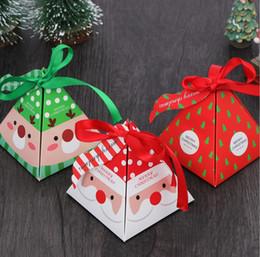 weihnachtsnahrungsmittelpakete Rabatt Kreative Weihnachtsthema Dreieck Pralinenschachtel Party Food Packaging Box Pralinenschachtel Begleiter Geschenkverpackung Weihnachtsschmuck für Zuhause KC3020
