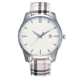famosos relógios designer Desconto Famoso designer de moda feminina marca de relógio pulseira de couro casual novo vestido de luxo relógio de quartzo rodada relojes de marca relógio de pulso dropshipping