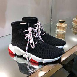 cintas de meias Desconto meias de malha botas europeus 2019 novos amantes elásticas altas emagrecimento correia respirável alta sapatos casuais maré Paris
