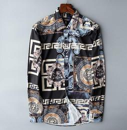 Camisas de vestir delgadas con estilo para hombre online-La más nueva moda otoño camisa para hombre Candy Slim Fit lujo Casual elegante vestido camisas colores más tamaños M-3XL = 104