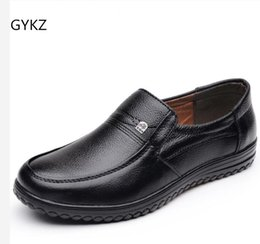 age shoes Promo Codes - Spring Men Shoes Men's Leather Loafers Non-slip Casual Middle-aged Wear-resistant Soft Bottom Business Shoes Man