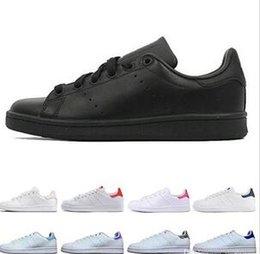 Großhandel Adidas Stan Smith Stan Schuhe Mode Smith Marke Top Qualität Herren Damen Designer Schuhe Streifen Grün Gold Weiß Neue Casual Leder Sport