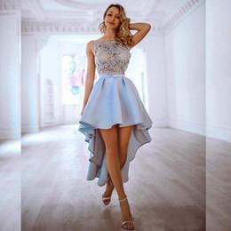 Kurz hi lo festzug kleider online-2020 Elegante Sky Blue Spitze Appliqued Abiballkleider reizvolle kurze Cocktailparty-Kleid-Weinlese Hallo Lo Prom Prom Pageant Cocktail Wear