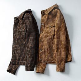 Tendencia de la chaqueta de mezclilla online-Chaqueta de mezclilla de lujo italiana para hombre, tendencia, letra masculina, chaqueta de Jean, estilos, chaqueta de diseñador de marca, ropa de hombre de manga larga