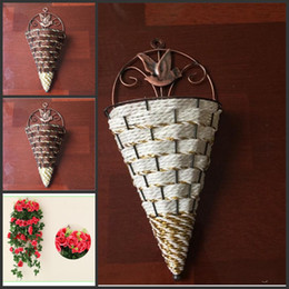 fiore cestino pendente all'ingrosso Sconti Commercio all'ingrosso accessori decorazione della casa vintage parete appendere vasi emulazione cesto di fiori home decor parete decorativa vaso di fiori per la cerimonia nuziale