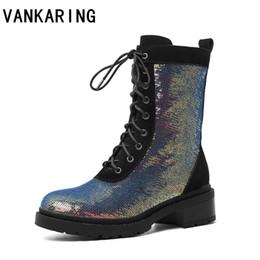 Lüks tasarım kadın punk kısa çizmeler süet deri + bliing ayakkabı kadınlar sonbahar kış ayak bileği çizmeler platformu kadın kar siyah supplier boots short punk black nereden kısa punk black boots tedarikçiler