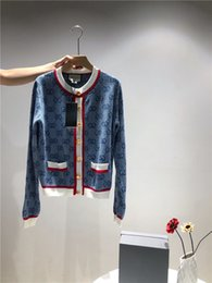 19AW новый Париж роскошный кардиган свитер толстовка GUQI женщины мужчины мода повседневная уличная кофты открытый рубашки куртка 11.29 от Поставщики винтажный шерстяной трикотаж