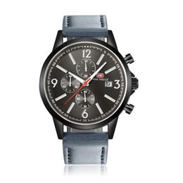 Canada articles bon marché à vendre preuve de l'eau bracelet en cuir bracelet de montre de luxe boîte montre en acier inoxydable dos résistant à l'eau Offre