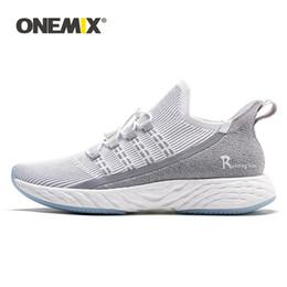 scarpe da ginnastica onemix Sconti ONEMIX Scarpe da corsa originali ultraleggere Uomo Sneakers 2019 Scarpe da tennis unisex traspiranti riflettenti da jogging Calzature vulcanizzate