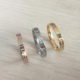 faixas de casamento famosas Desconto Alta qualidade famosa marca titanium aço ouro prata rosa fina carta anel banda mulheres homens banda de casamento anillos moda jóias atacado