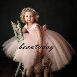 Hacer ropa de bebé niña flores online-Cute Pink Flower Girls 'Vestidos Little Baby Infant Toddler Baptist Clothes With Tutu Tulle Vestidos de fiesta de cumpleaños Barato a medida