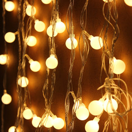 1.5 M / 3 M / 6 M Fairy LED Bolas Cadena Luces decorativas Funciona con pilas Boda Navidad Patio al aire libre Decoración Garland desde fabricantes