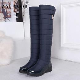 2020 botas de nieve abajo de las mujeres ZALAVOR botas de nieve para las mujeres caliente Rodilla Botas punta redonda Tamaño de Down señoras de lujo de piel de muslo de nieve mujer de los zapatos 35-44 botas de nieve abajo de las mujeres baratos