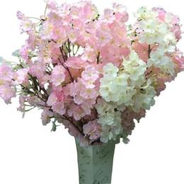 Fiore artificiale di qualità online-Fiore di seta Fiore di ciliegio Fiore di seta per matrimonio Artificiale Sakura 2 Opzioni colore Vasi di alta qualità Decorazione domestica