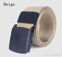43 a 63 pulgadas de color caqui beige hombres cinturón cinturones de diseñador para hombre ceinture cintura tejido lienzo militar hebilla de plástico al aire libre deportes correa de cintura desde fabricantes