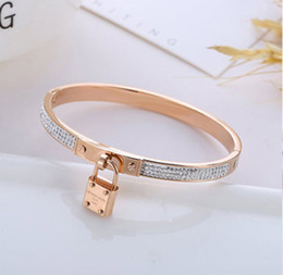 valentine gift jewelry Promo Codes - Special Offer Women Charms Bracelets Luxury Gold Tone Lock Bangle Bracelets Jewelry Valentine Gift Bracelets Designer Bracelet