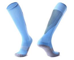Kit en marcha online-2019 Calcetines de fútbol streetwear, kits de moda caminando, gimnasia, calcetines, calcetines de fútbol, rodilla, transpirable, deporte, correr Medias largas