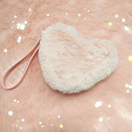 Piccoli cuori peluche online-borsa piccola di marca dell'orso del latte Borsa della borsa delle donne di personalità della borsa della peluche a forma di cuore della borsa dei capelli di inverno